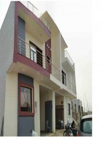 Gallery Cover Image of 1600 Sq.ft 3 BHK Independent House for buy in Crossings Republik for 4600000