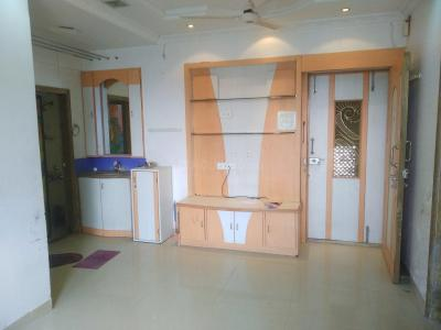 Gallery Cover Image of 650 Sq.ft 1 BHK Apartment for rent in Ghatkopar West for 32000