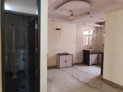 Gallery Cover Image of 1000 Sq.ft 3 BHK Independent Floor for rent in Model Town for 22000