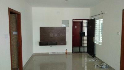 Gallery Cover Image of 980 Sq.ft 2 BHK Apartment for rent in Kelambakkam for 13000