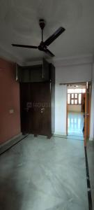Gallery Cover Image of 850 Sq.ft 3 BHK Independent Floor for rent in Shakti Khand for 12000