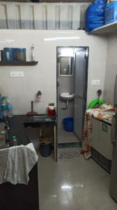 Gallery Cover Image of 450 Sq.ft 1 BHK Apartment for rent in Borivali West for 12500