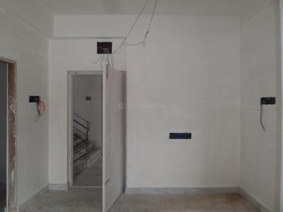 Gallery Cover Image of 720 Sq.ft 2 BHK Apartment for buy in Ward No 113 for 1800000