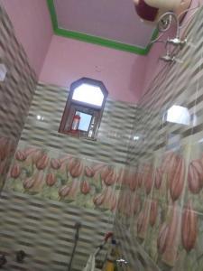 Bathroom Image of Pooja Girls PG in Laxmi Nagar