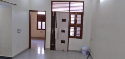 Gallery Cover Image of 1700 Sq.ft 2 BHK Independent Floor for rent in Sector 10A for 15000
