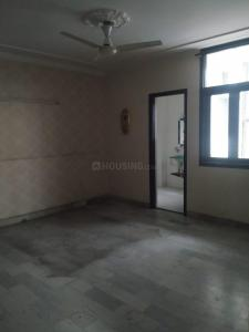 Gallery Cover Image of 1800 Sq.ft 3 BHK Independent Floor for rent in Govindpuri Extension for 30000