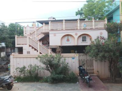 Gallery Cover Image of 1764 Sq.ft 4 BHK Independent House for buy in Old Guntur for 10000000