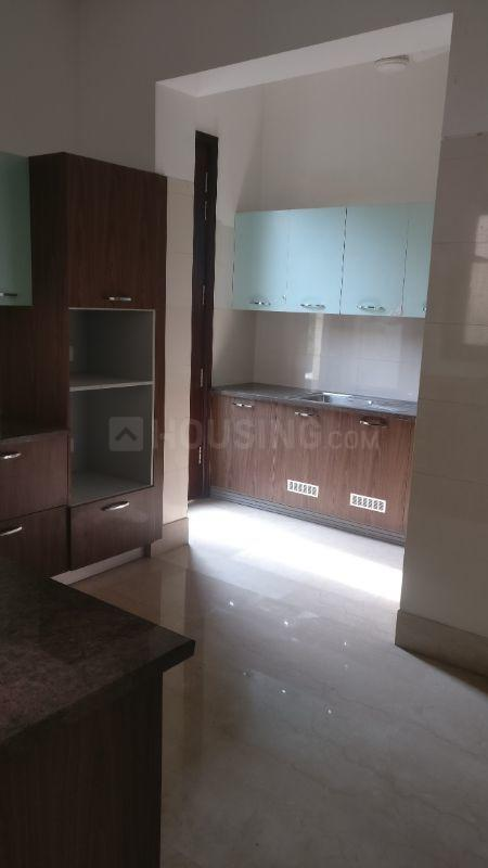 Kitchen Image of 10800 Sq.ft 5 BHK Independent House for buy in Radhey Mohan Drive for 90000000