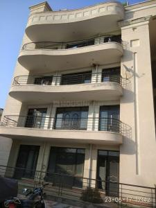 Gallery Cover Image of 1890 Sq.ft 3 BHK Apartment for rent in Sigma IV Greater Noida for 10000