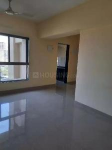 Gallery Cover Image of 850 Sq.ft 2 BHK Apartment for rent in Hubtown Greenwoods, Thane West for 26000