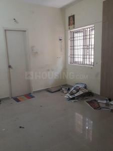 Gallery Cover Image of 450 Sq.ft 1 BHK Apartment for rent in Kodambakkam for 8500