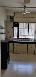 Gallery Cover Image of 913 Sq.ft 2 BHK Apartment for rent in Dadar West for 75000
