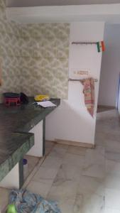 Gallery Cover Image of 1000 Sq.ft 2 BHK Apartment for rent in Chanakyapuri for 12500