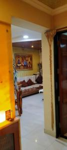 Gallery Cover Image of 451 Sq.ft 1 RK Apartment for rent in Thane West for 13000