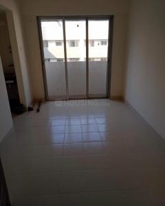 Gallery Cover Image of 520 Sq.ft 2 BHK Apartment for rent in Spenta Alta Vista, Chembur for 30000