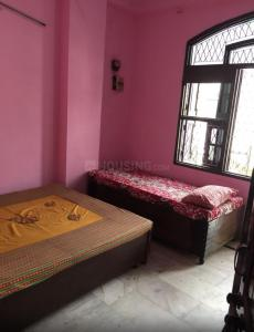 Bedroom Image of Kamlesh PG in Mangolpuri