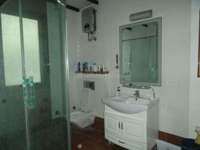 Bathroom Image of Gupta PG in Sector 61