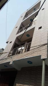 Gallery Cover Image of 450 Sq.ft 2 BHK Independent Floor for rent in Burari for 6000