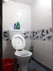 Bathroom Image of Ishan PG in Patel Nagar