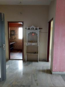 Gallery Cover Image of 900 Sq.ft 2 BHK Apartment for rent in South Dum Dum for 14000