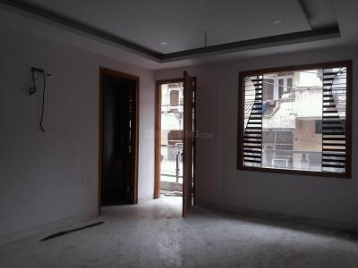 Gallery Cover Image of 1350 Sq.ft 3 BHK Independent Floor for buy in Sant Nagar for 12500000