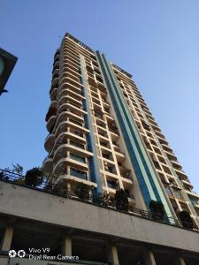 Gallery Cover Image of 1650 Sq.ft 3 BHK Apartment for rent in Ghansoli for 55000