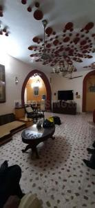 Gallery Cover Image of 2500 Sq.ft 3 BHK Independent House for rent in Alkapuri for 56000