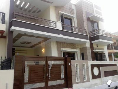 Gallery Cover Image of 2161 Sq.ft 2 BHK Independent House for rent in Sector 14 for 27000