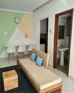 Gallery Cover Image of 580 Sq.ft 1 BHK Apartment for buy in Pacific Golf Estate, Kulhan for 3250000