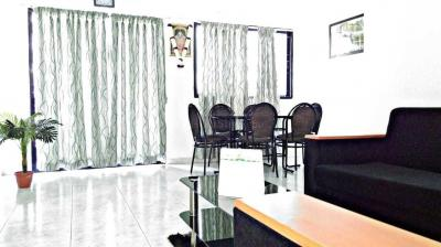 Gallery Cover Image of 1800 Sq.ft 3 BHK Apartment for rent in Magarpatta City for 55000