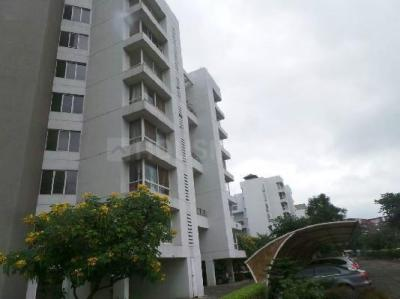 Gallery Cover Image of 4000 Sq.ft 4 BHK Apartment for buy in Marvel Ritz, Hadapsar for 28500000