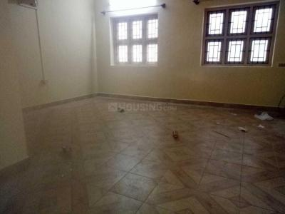 Gallery Cover Image of 900 Sq.ft 2 BHK Independent Floor for rent in Velachery for 17000