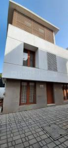 Gallery Cover Image of 2738 Sq.ft 4 BHK Independent House for buy in Kotivakkam for 27500000