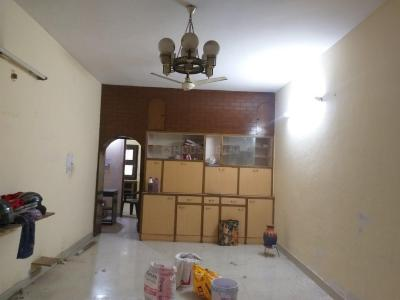 Gallery Cover Image of 1200 Sq.ft 2 BHK Apartment for rent in Paschim Vihar for 22000