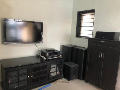 Gallery Cover Image of 600 Sq.ft 1 BHK Apartment for rent in Sadguru Complex, Mira Road East for 18000