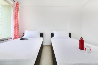 Bedroom Image of Oyo Life Pun536 Wagholi in Wagholi