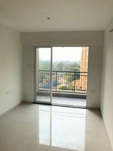 Gallery Cover Image of 645 Sq.ft 1 BHK Apartment for rent in Kasarvadavali, Thane West for 12999