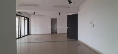 Gallery Cover Image of 3071 Sq.ft 6 BHK Apartment for buy in Kopar Khairane for 37500000
