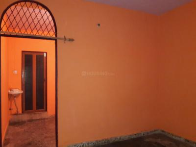 Gallery Cover Image of 360 Sq.ft 1 BHK Apartment for rent in GDA Ghagra Apartment, Kala Patthar for 5500
