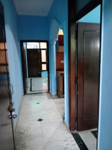 Gallery Cover Image of 750 Sq.ft 1 BHK Independent House for rent in Sector 41 for 12000