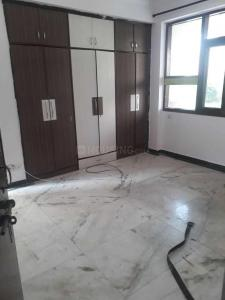 Gallery Cover Image of 1800 Sq.ft 3 BHK Apartment for rent in Sector 18 Dwarka for 29000