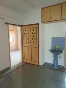 Gallery Cover Image of 1300 Sq.ft 2 BHK Apartment for rent in Indira Nagar for 38000