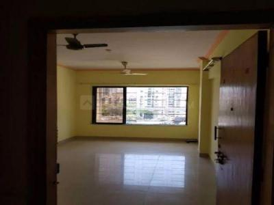 Gallery Cover Image of 550 Sq.ft 1 BHK Apartment for rent in Kandivali West for 22000