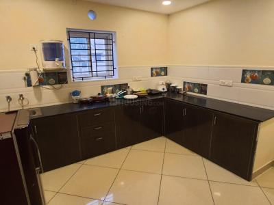 Gallery Cover Image of 2000 Sq.ft 3 BHK Villa for rent in Manapakkam for 30000