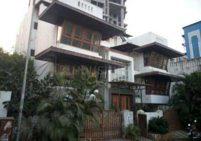 Gallery Cover Image of 4800 Sq.ft 4 BHK Independent House for buy in Kalyan West for 40000000