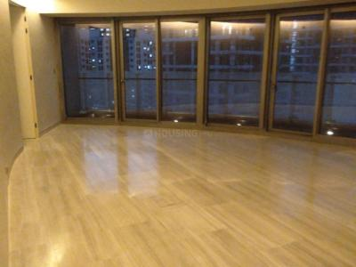 Gallery Cover Image of 2000 Sq.ft 3 BHK Apartment for rent in Lower Parel for 250000