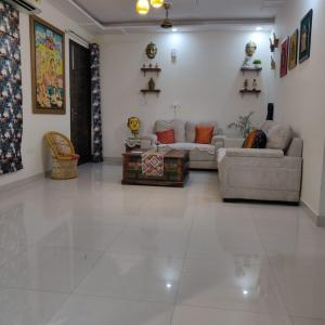 Gallery Cover Image of 1200 Sq.ft 3 BHK Apartment for buy in Sector 110 for 4200000