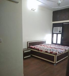 Gallery Cover Image of 1600 Sq.ft 3 BHK Independent Floor for rent in Alaknanda for 60000