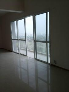 Gallery Cover Image of 1226 Sq.ft 3 BHK Apartment for rent in Unitech Uniworld City, New Town for 26000