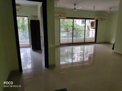 Gallery Cover Image of 1500 Sq.ft 3 BHK Apartment for rent in Bandra East for 140000